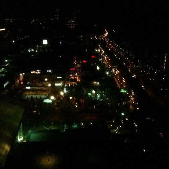 รูปภาพถ่ายที่ Courtyard by Marriott Santiago Las Condes โดย Italo C. เมื่อ 3/16/2012