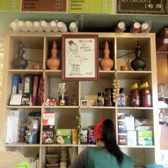 Das Foto wurde bei Makan von Mar B. am 2/19/2012 aufgenommen