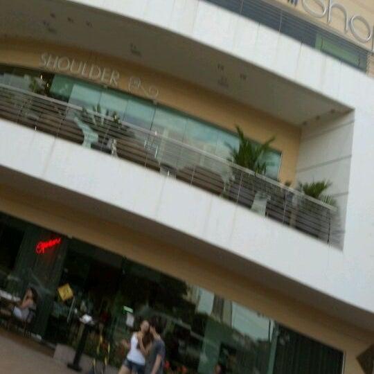 4/15/2012 tarihinde Rodrigo L.ziyaretçi tarafından Goiânia Shopping'de çekilen fotoğraf