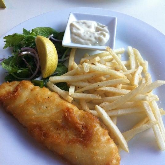 Foto tirada no(a) Tuihana Cafe. Foodstore. por Brook W. em 4/5/2011