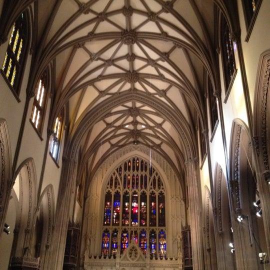 Foto scattata a Trinity Church da Louisa G. il 2/20/2012