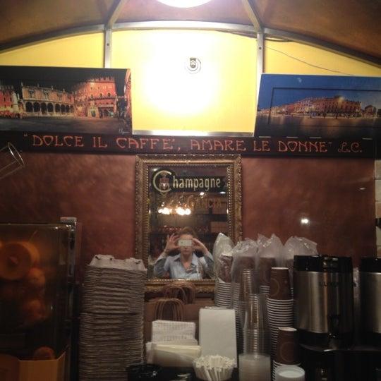 Foto diambil di Bottega del Vino oleh Adrienne S. pada 5/24/2012