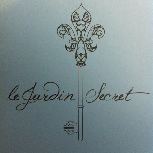 6/12/2012에 Eliza Y.님이 Le Jardin Secret에서 찍은 사진
