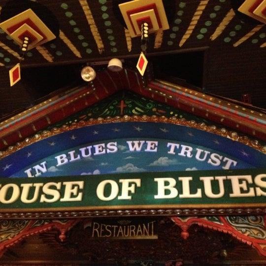 Foto diambil di House of Blues oleh Kevin M. pada 6/24/2012