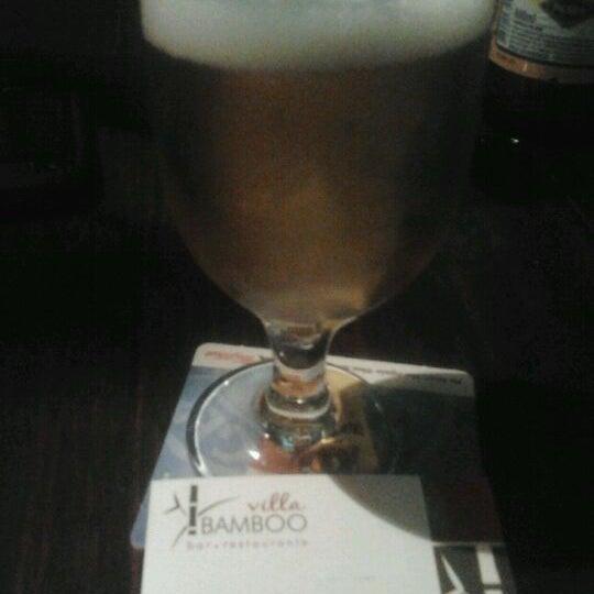 Foto diambil di Beer Bamboo oleh Mari T. pada 10/28/2011