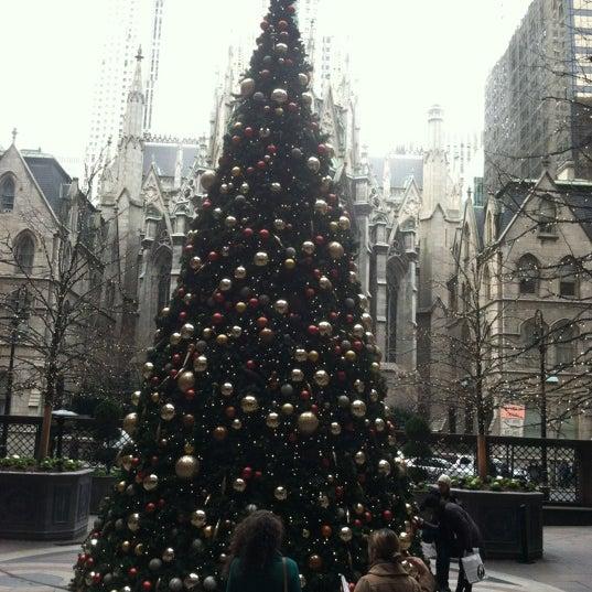 Foto scattata a Lotte New York Palace da Jennifer B. il 12/16/2011