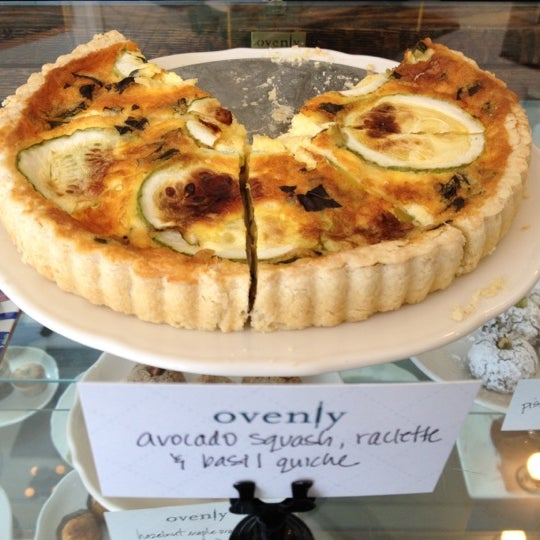 Das Foto wurde bei Ovenly von Marianne H. am 8/4/2012 aufgenommen