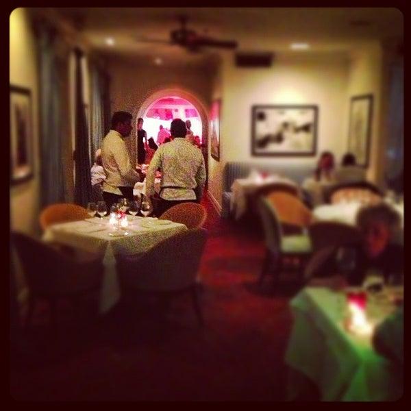Casa Tua Restaurant City Center 1700 James Ave