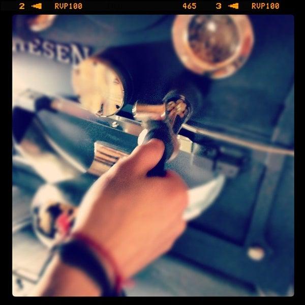 Foto tomada en Espressofabriek por espressofabriek el 4/3/2012