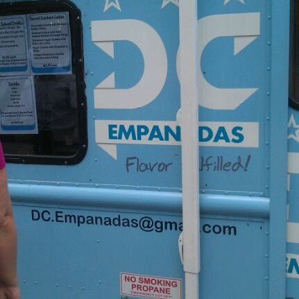 5/24/2012にKatrinaがDC Empanadasで撮った写真