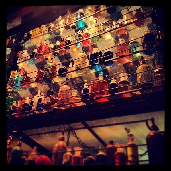 Photo prise au Villains Tavern par Jathan M. le8/17/2012