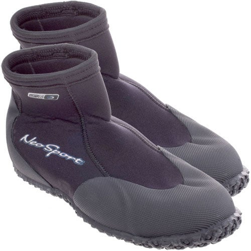 Special of the Week: Henderson Neosport 5mm Low Boot originally $35, through 11/2 only $15!