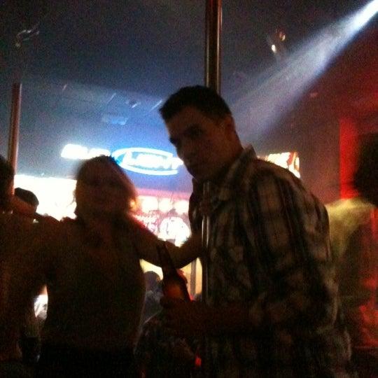 12/30/2011에 Perie Reiko K.님이 Sneaky Pete's에서 찍은 사진
