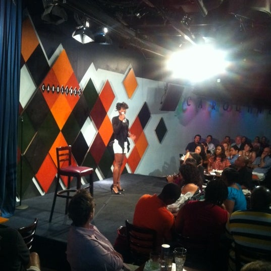 Foto scattata a Carolines on Broadway da Shawn G. il 7/17/2012