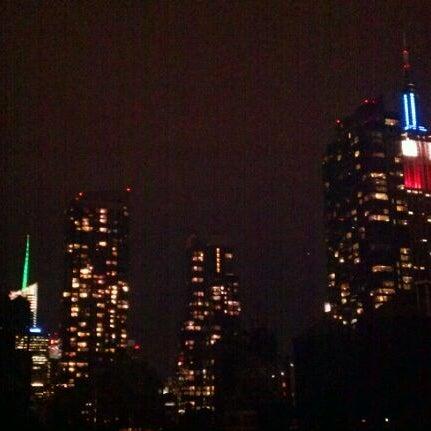 11/13/2011 tarihinde Bruce D.ziyaretçi tarafından Hilton New York Fashion District'de çekilen fotoğraf