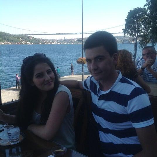 Foto tomada en Taş Kahve Cafe & Restaurant por Senem D. el 8/25/2012