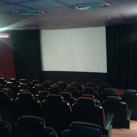 Снимок сделан в Spectrum Cineplex пользователем Mstf N. 11/29/2011