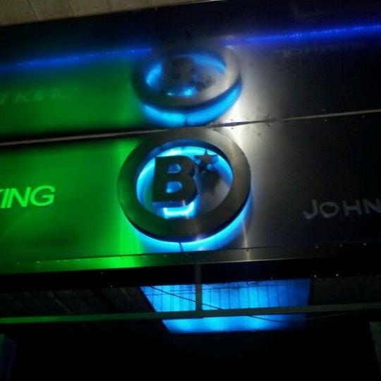 รูปภาพถ่ายที่ BLONDIE โดย Fernando C. เมื่อ 10/23/2011