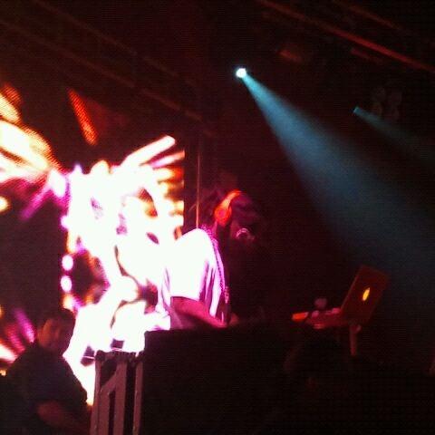 Foto diambil di Rain Nightclub oleh Aloun S. pada 12/31/2011