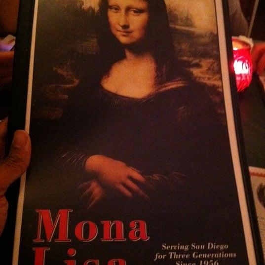 Das Foto wurde bei Mona Lisa Italian Restaurant von Morrell L. am 4/4/2011 aufgenommen