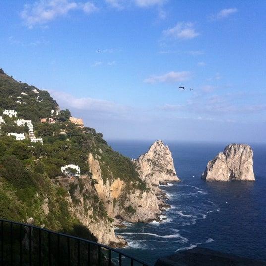 Снимок сделан в Capri Tiberio Palace пользователем Steven M. 6/19/2011