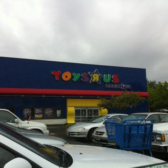 Photos At Toys R Us Now Closed 3 Tips