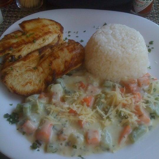 Foto tomada en Eskina Bar e Restaurante por Anderson K. el 7/20/2012