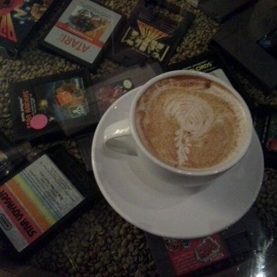 4/26/2012에 Eboni S.님이 The Wormhole Coffee에서 찍은 사진