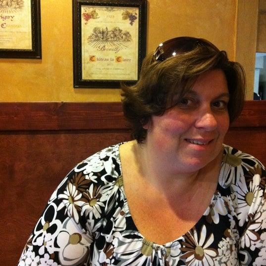 Photo prise au Horseshoe Pub & Restaurant par Kristine M. le9/14/2011