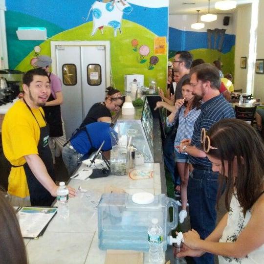 9/9/2012にkat c.がAmple Hills Creameryで撮った写真