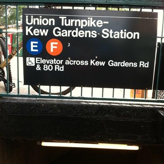 JWQWVONO4UMA0JEF2W5JSXDNSNWQFJRM3L45C3PZXY3BGOZ0 - Kew Gardens Union Turnpike Subway Stop