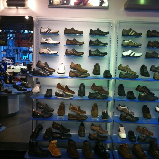 Photos at SKECHERS Retail Shoe Store in San Diego