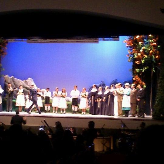 Foto diambil di Teatro Nescafé de las Artes oleh MariaElena C. pada 7/29/2012