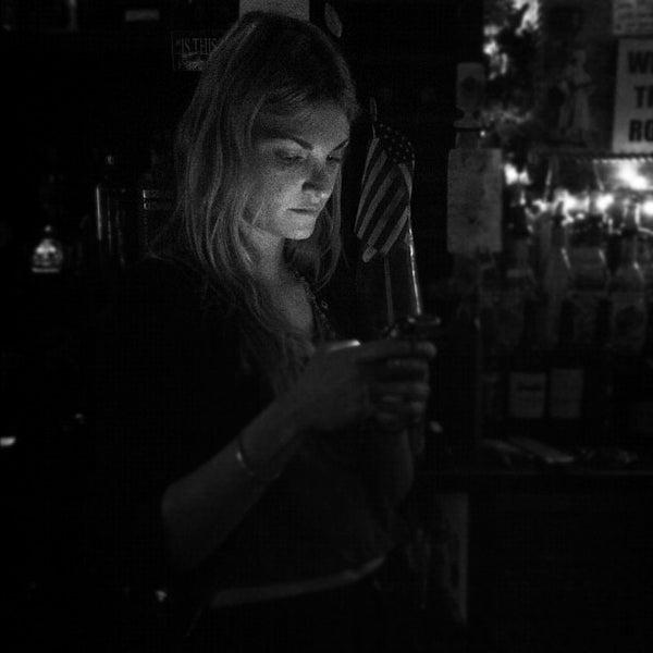 รูปภาพถ่ายที่ South 4th Bar & Cafe โดย Rachel D. เมื่อ 5/1/2012