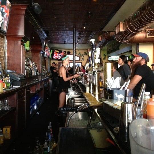 Das Foto wurde bei Mulholland's von Alexis B. am 5/19/2012 aufgenommen