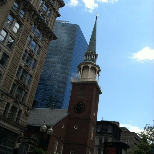 รูปภาพถ่ายที่ Old South Meeting House โดย Antonieta R. เมื่อ 6/6/2012