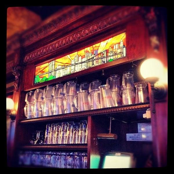 Das Foto wurde bei The Stumble Inn von Cathy S. am 2/20/2012 aufgenommen