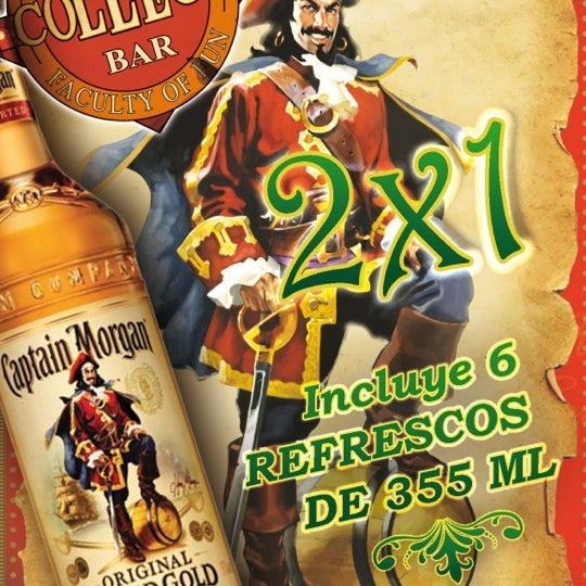 Foto diambil di College Bar oleh DIEGO A. pada 3/9/2012