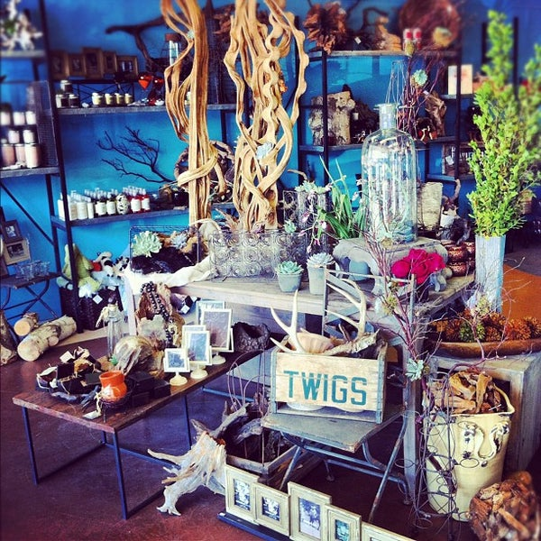 Photo taken at Twigs Floral Gifts by Melanie J. on 7/12
