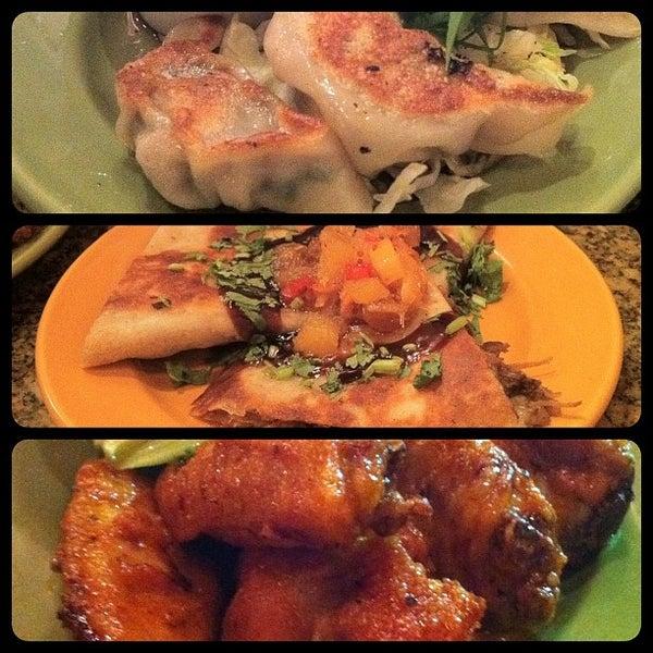Foto scattata a Ryan's Grill da Clayton W. il 2/11/2012