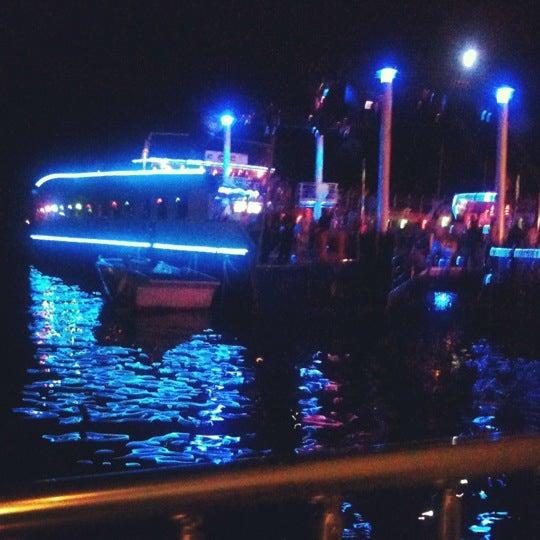 7/14/2012 tarihinde Hakan F.ziyaretçi tarafından Club Catamaran'de çekilen fotoğraf