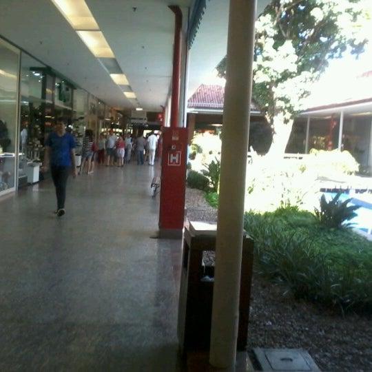 Foto diambil di Shopping Rio Claro oleh Marcos H. pada 7/2/2012