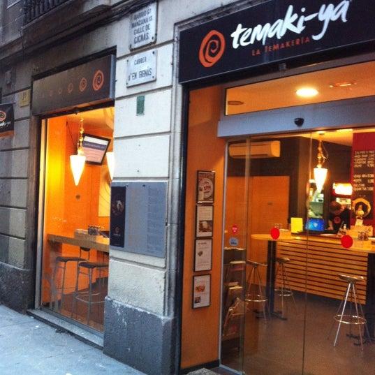 Foto tomada en Temaki-ya por Demos B. el 1/9/2012