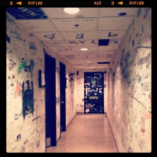 12/18/2011 tarihinde Gia G.ziyaretçi tarafından House of Blues'de çekilen fotoğraf