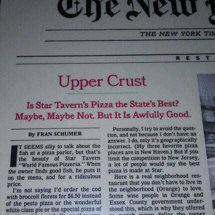 รูปภาพถ่ายที่ Star Tavern Pizzeria โดย Jeff S. เมื่อ 12/11/2011