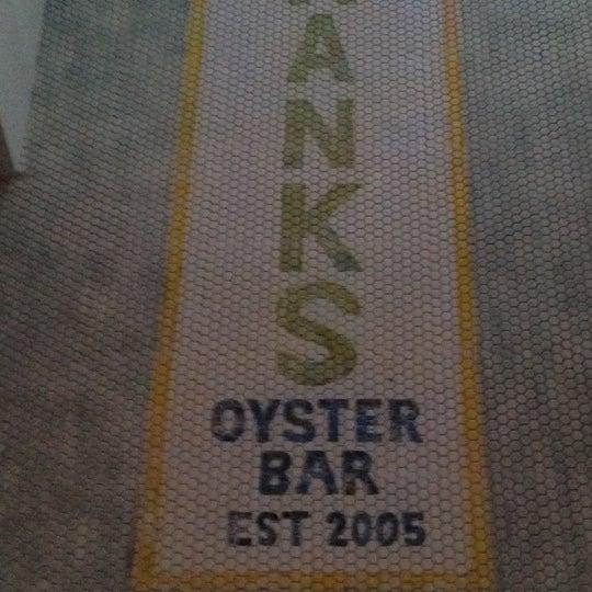 Foto scattata a Hank's Oyster Bar da Sean il 6/25/2012