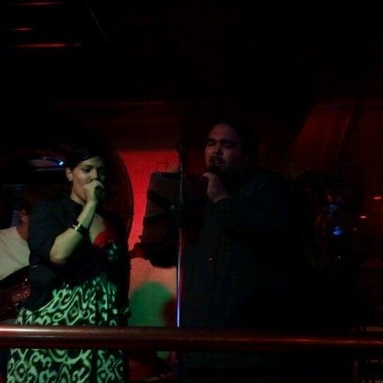 Foto diambil di Bar Nine oleh Yari A. pada 9/30/2011
