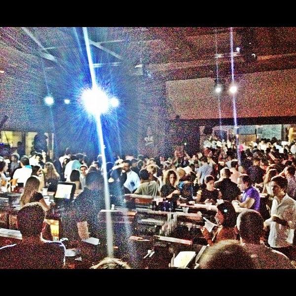 Foto scattata a Kukaramakara Brickell da MAGMIAMI il 9/7/2012