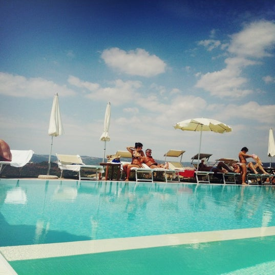 Foto scattata a Saturnia Tuscany Hotel da zhulev a. il 8/12/2012