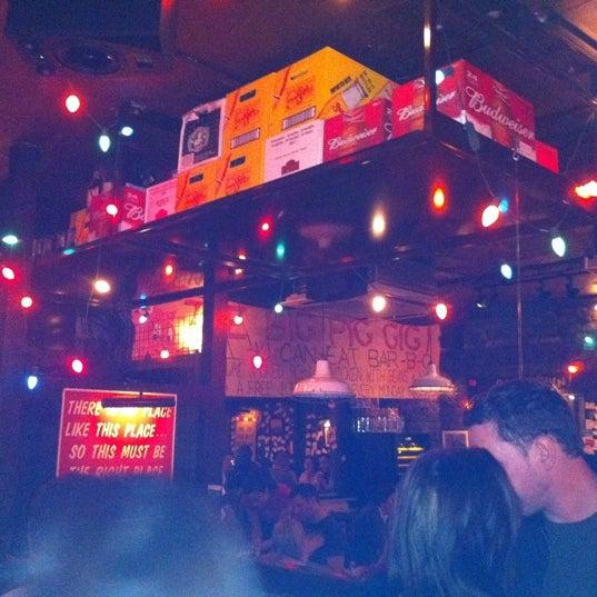 10/21/2011にKeith M.がBig Easy Bar.B.Q & Crabshackで撮った写真